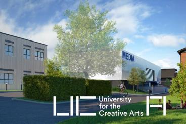 英国创意艺术大学